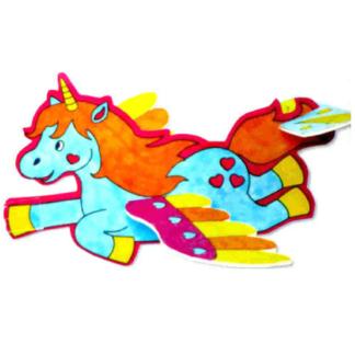 Set van 6 kartonnen zweefvliegtuigjes in de vorm van een eenhoorn om zelf in elkaar te zetten en in te kleuren. Leuk als knutselmoment tijdens een kinderfeestje.