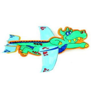 Set van zes blanco zweefvliegtuigjes van draken om zelf in elkaar te zetten en in te kleuren. Leuke knutselset voor een thematisch kinderfeestje rond ridders en draken.