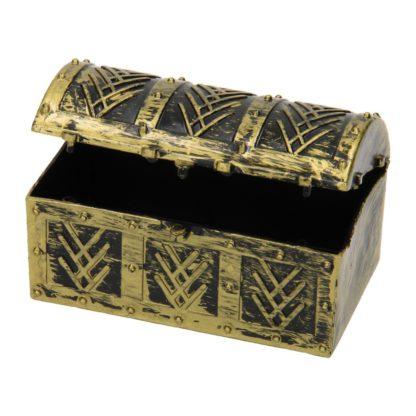 Klein doosje in de vorm van een piraten schatkistje.