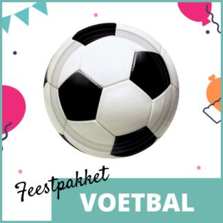 Feestpakket met feestversiering, knutselmateriaal en kleine uitdeelcadeautjes in het thema van voetbal.